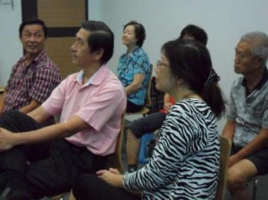 attentive audience listen to important facts about strong knee and joint